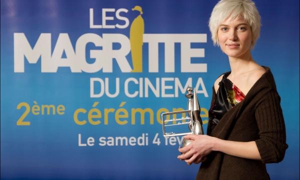 Erika Sainte gets the Best Female Actress Award