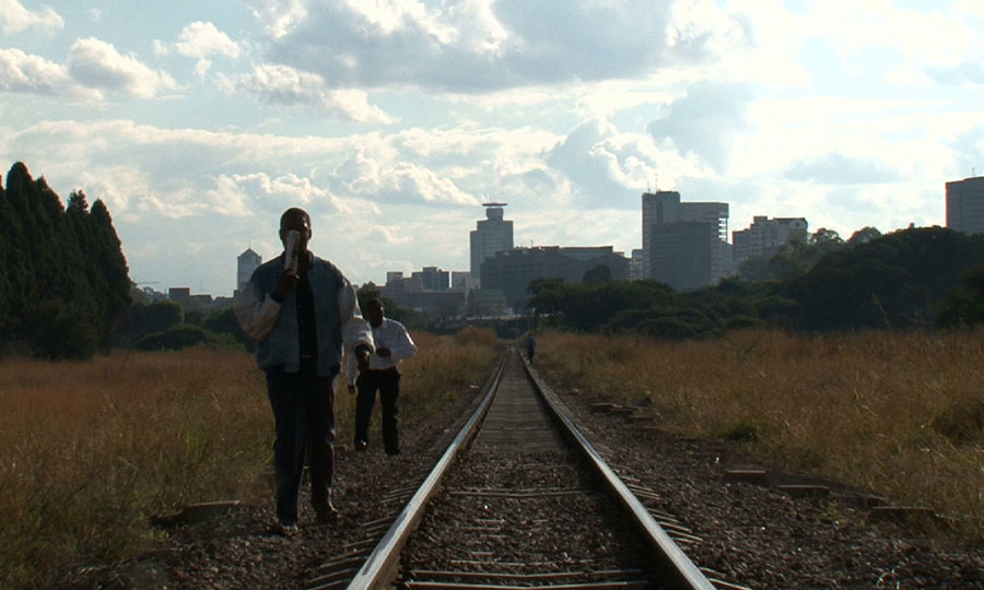 Mokomba d'une rive à l'autre au Cercle des Voyageurs